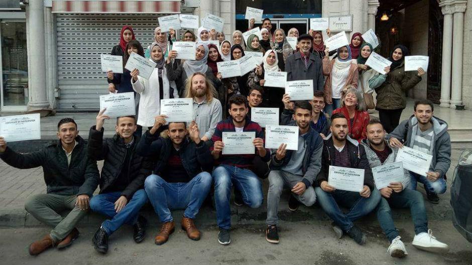نابلس.. طلبة الإعلام يبحثون في حرية الصحافة عالمياً