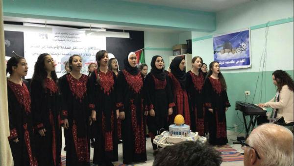 نابلس.. 75 ألف طالب يناصرون القدس