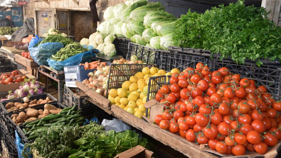 أسعار الفواكه والخضراوات الموسمية  في نابلس
