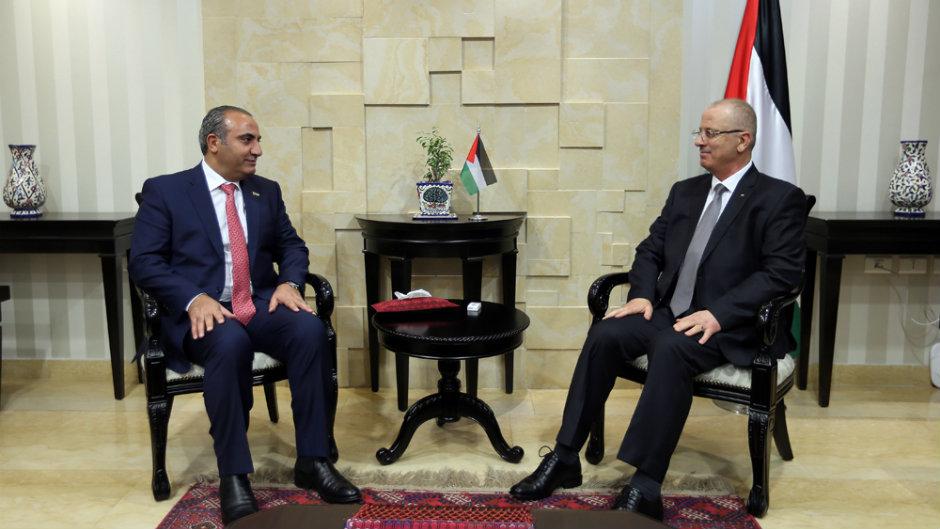 الحمد الله وأمين عمان الكبرى يبحثان سبل التعاون
