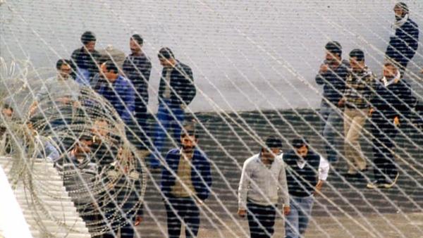 4 أسرى يدخلون أعوامهم الـ20 في سجون الاحتلال