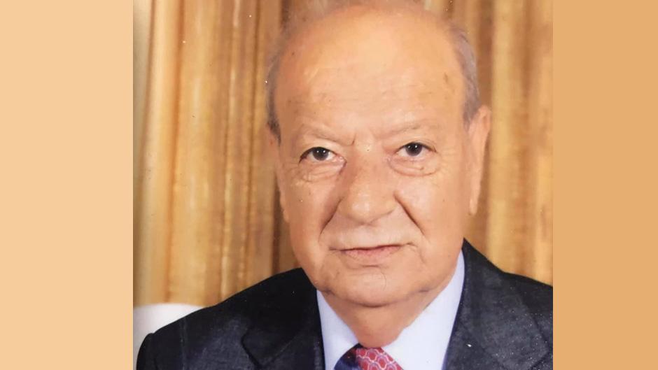 رحيل الشقيق الأكبر للشاعر محمود درويش